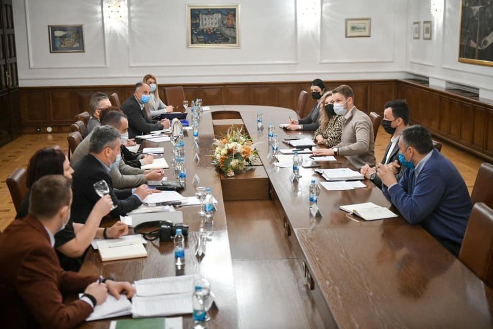 Циљ безбједнији и модернији пружни прелази у Републици Српској