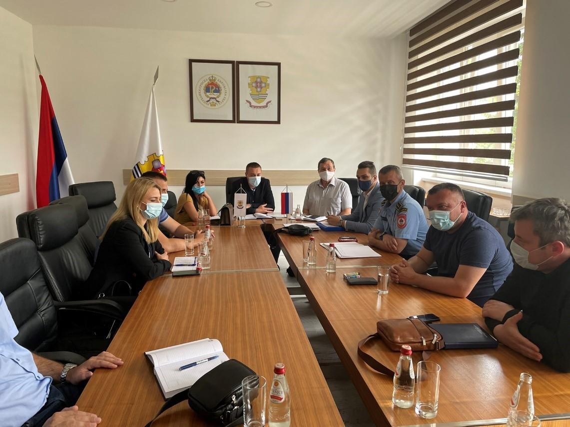 У граду Добоју одржан радни састанак Савјета за безбједност саобраћајау